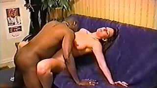 Cuckold milf putting on a good show for hubby while blacked
